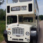 witte-klassieke_engelse_trouwbus-13