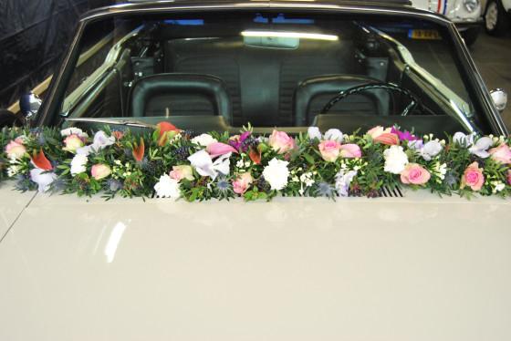 Trouwauto bloemstuk trouwautoshop (6)