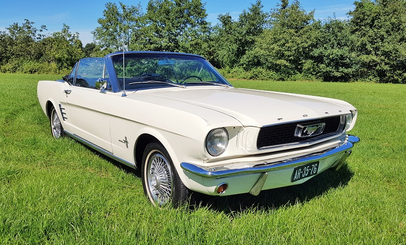 Ford Mustang 1966 trouwauto cabrio
