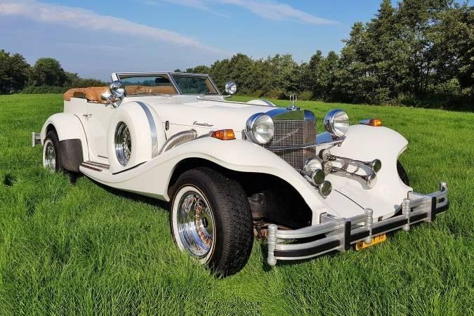 Excalibur wit cabriolet